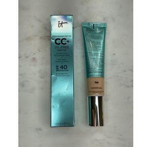 it cosmetics